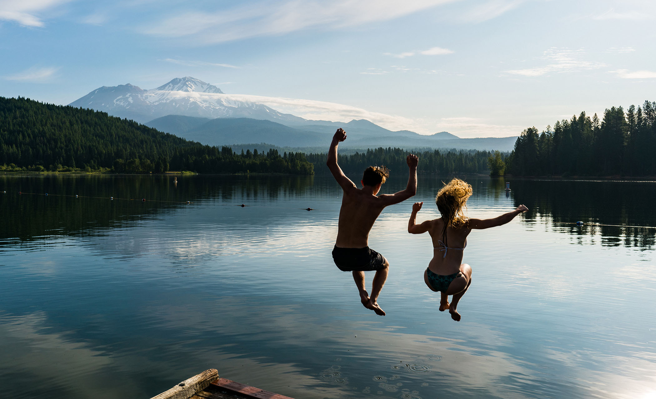 Jumping into Lake Siskiyou